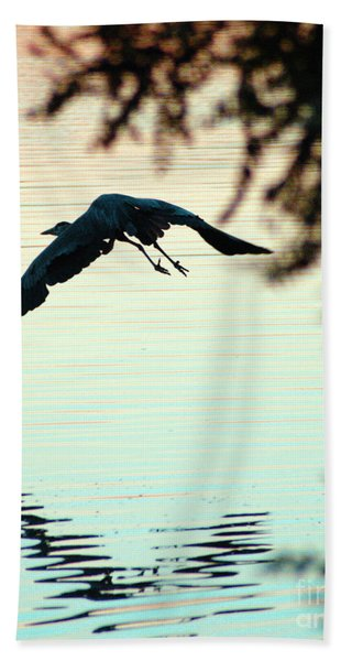 Heron At Dusk Bath Towel