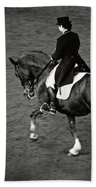 Horse Dressage - Black And White Bath Towel
