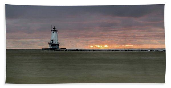 Lighthouse And Sunset Bath Towel