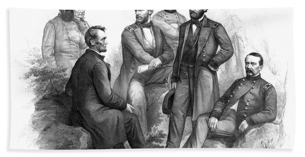 Lincoln And His Generals Black And White Bath Towel