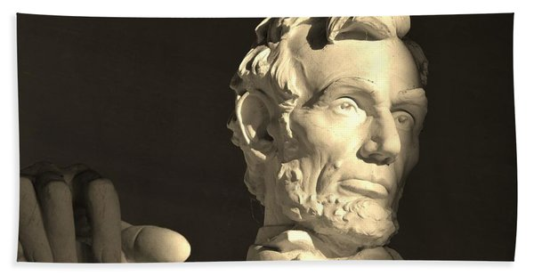 Lincoln At Sunrise Bath Towel