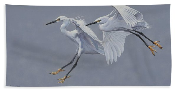 Little Egrets In Flight Bath Towel