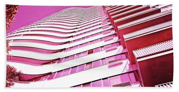 Living Pink Bath Towel
