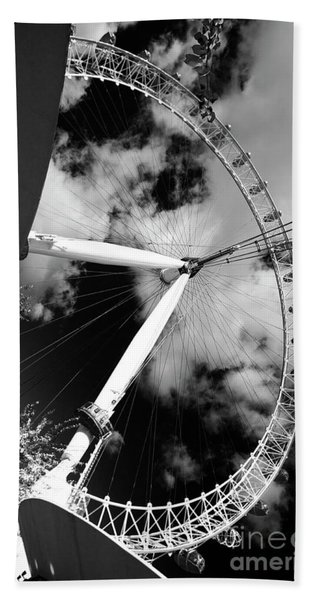 London Ferris Wheel Bw Hand Towel