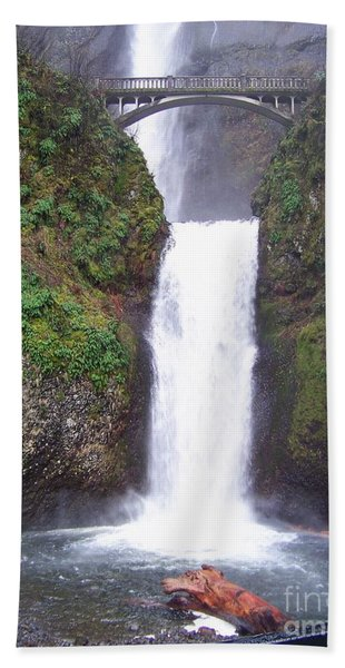 Lower Multnomah Falls Hand Towel