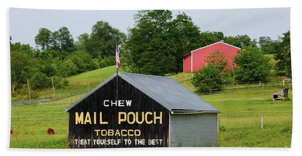 Mail Pouch Barn In Rural Maryland Hand Towel