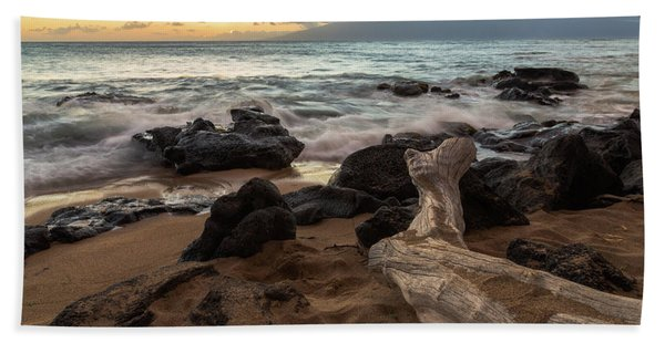 Maui Beach Sunset Bath Towel