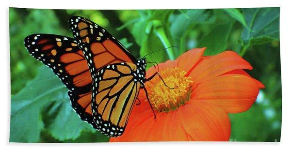 Monarch On Mexican Sunflower Bath Towel