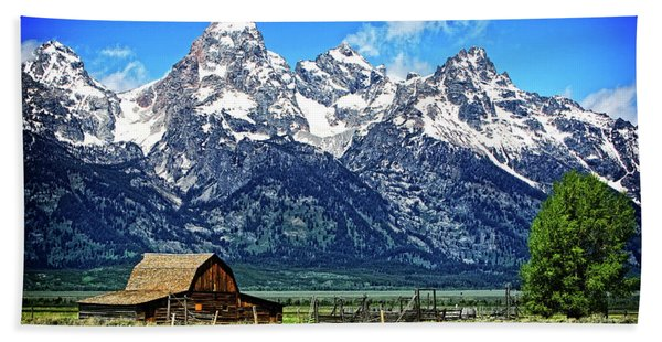 Moulton Barn At Mormon Row Inside Grand Teton National Park Hand Towel