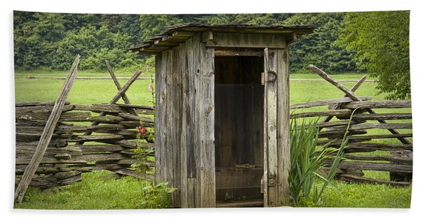 Old Outhouse On A Farm In The Smokey Mountains Hand Towel