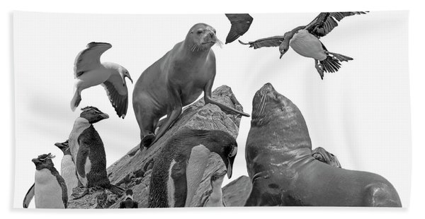 Bath Towel featuring the photograph Patagonian Wildlife by Larry Linton