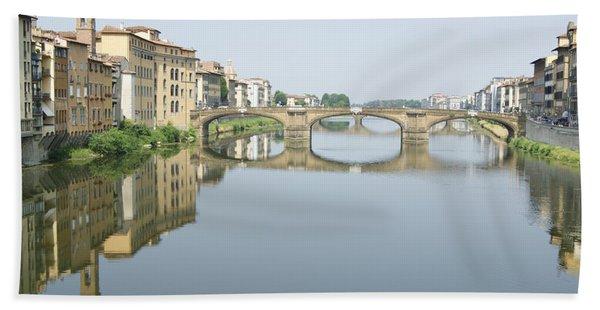Ponte Santa Trinita On River Arno Bath Towel