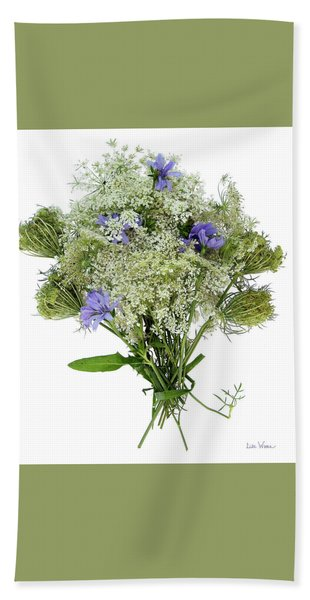 Queen Anne's Lace With Purple Flowers Bath Towel