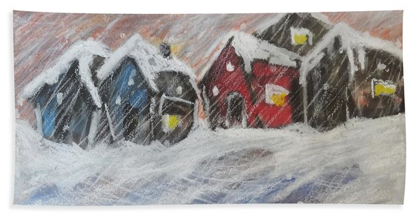 Red House In The Snow Bath Towel