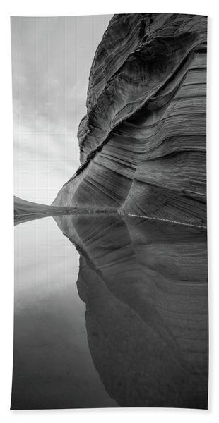 Hand Towel featuring the photograph Reflecting Pool At The Wave by James Udall