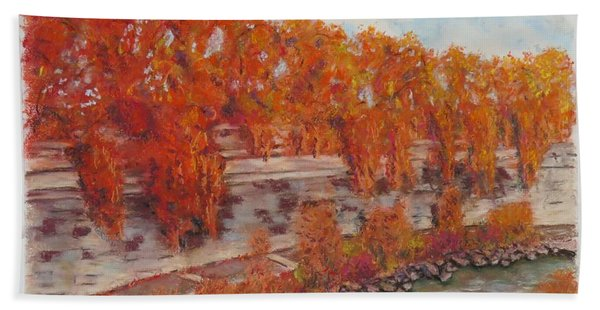 River Tiber In Fall Hand Towel
