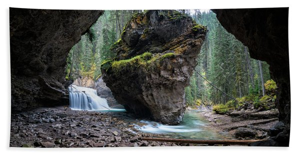 Hand Towel featuring the photograph Rock In Johnston Canyon by James Udall