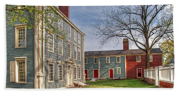 Royall House And Slave Quarters Hand Towel