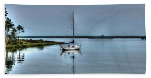 Sailboat Off Plash Bath Towel