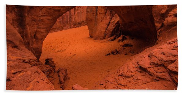 Sand Dune Arch - Arches National Park - Utah Hand Towel