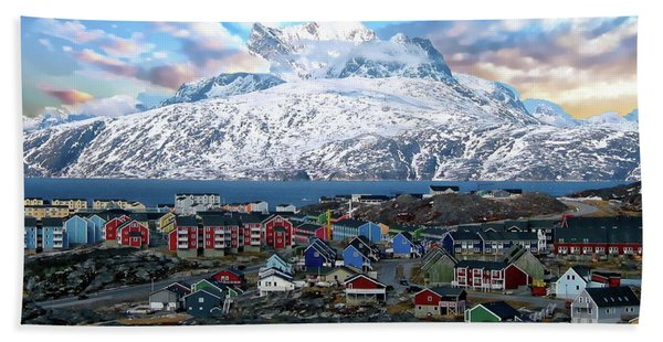 Sermitsiaq Mountain Range Bath Towel