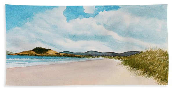 Seven Mile Beach On A Calm, Sunny Day Hand Towel
