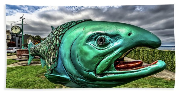 Soul Salmon In Hdr Hand Towel