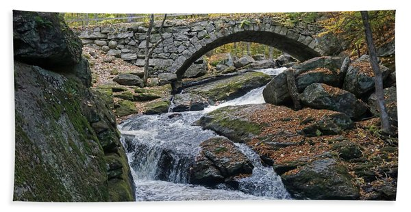 Stone Arch Bridge In Autumn Hand Towel