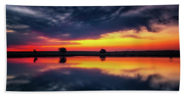 Hand Towel featuring the photograph Summer Rises by John De Bord