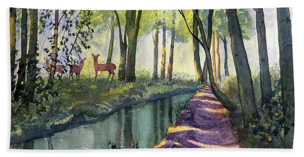 Summer Shade In Lowthorpe Wood Hand Towel