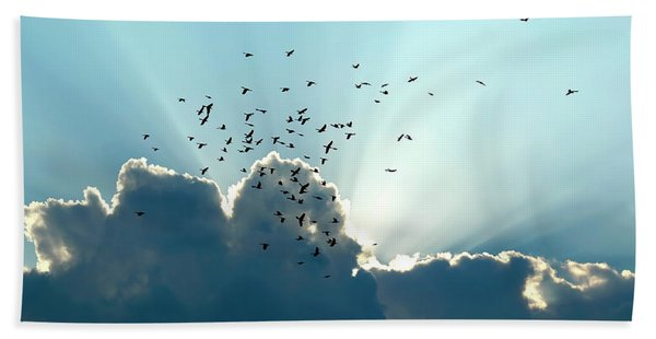 Bath Towel featuring the photograph Sun Ray Aerobatics Blue Sky by Carolyn Marshall