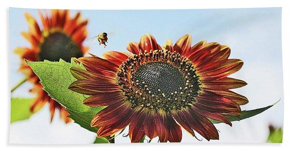 Sunflower And Bee Bath Towel
