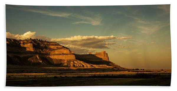 Sunset At Scotts Bluff National Monument Hand Towel