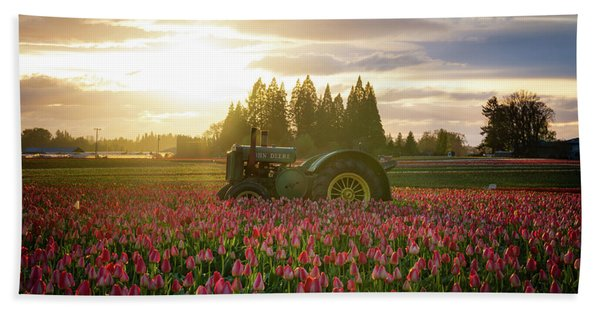 Hand Towel featuring the photograph Sunset At The Tulip Farm by James Udall