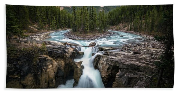 Hand Towel featuring the photograph Sunwapta Falls In Jasper National Park by James Udall