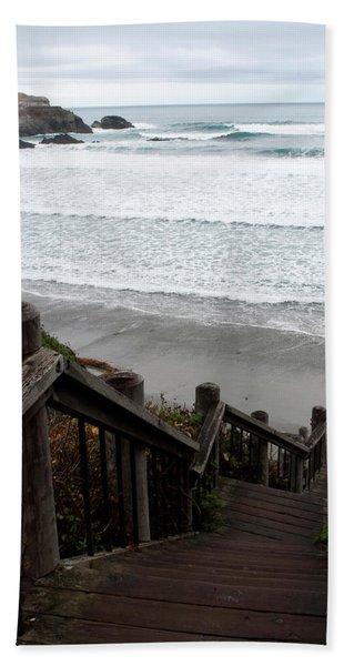 Bath Towel featuring the photograph Surf Stairway by Lorraine Devon Wilke