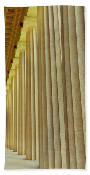 The Columns At The Parthenon In Nashville Tennessee Bath Towel