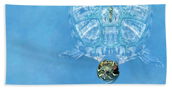 The Glass Turtle Bath Towel