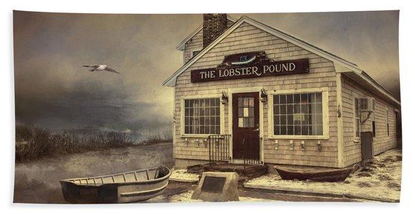 The Lobster Pound Bath Towel