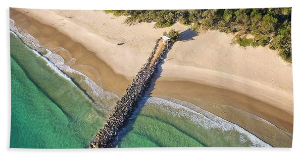 The Sea Wall Near Noosa Main Beach Hand Towel
