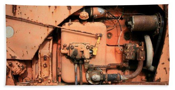 Tractor Engine V Hand Towel
