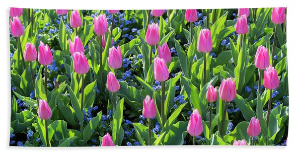 Tulip Christmas Dream Flowers Bath Towel