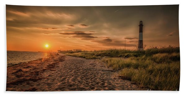 Warm Sunrise At The Fire Island Lighthouse Hand Towel