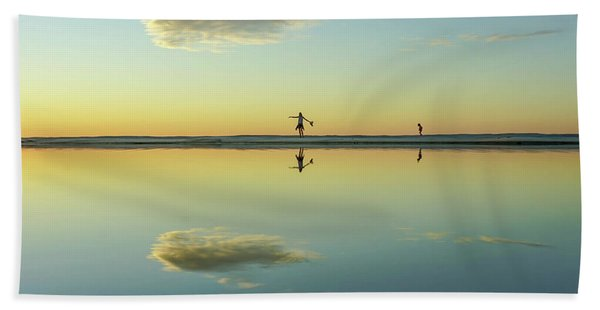 Woman And Cloud Reflected On Beach Lagoon At Sunset Bath Towel