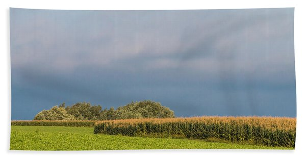 Bath Towel featuring the photograph Farmer's Field by Patti Deters
