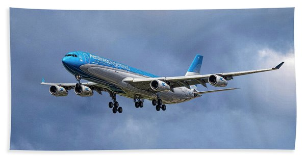 Aerolineas Argentinas Airbus A340-313 Hand Towel