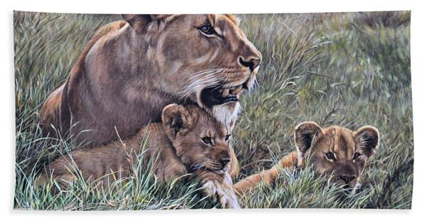 Bath Towel featuring the painting A Quiet Moment Lioness And Lion Cubs by Alan M Hunt
