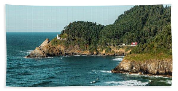 An Oregon Lighthouse Bath Towel