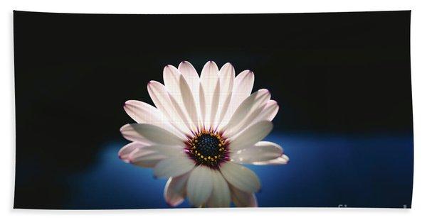 Beautiful And Delicate White Female Flower Dark Background Illum Bath Towel