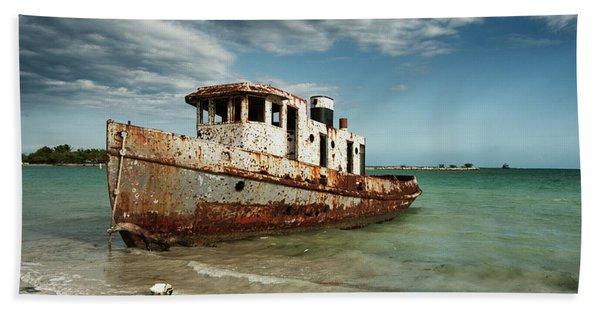 Caribbean Shipwreck 21002 Bath Towel